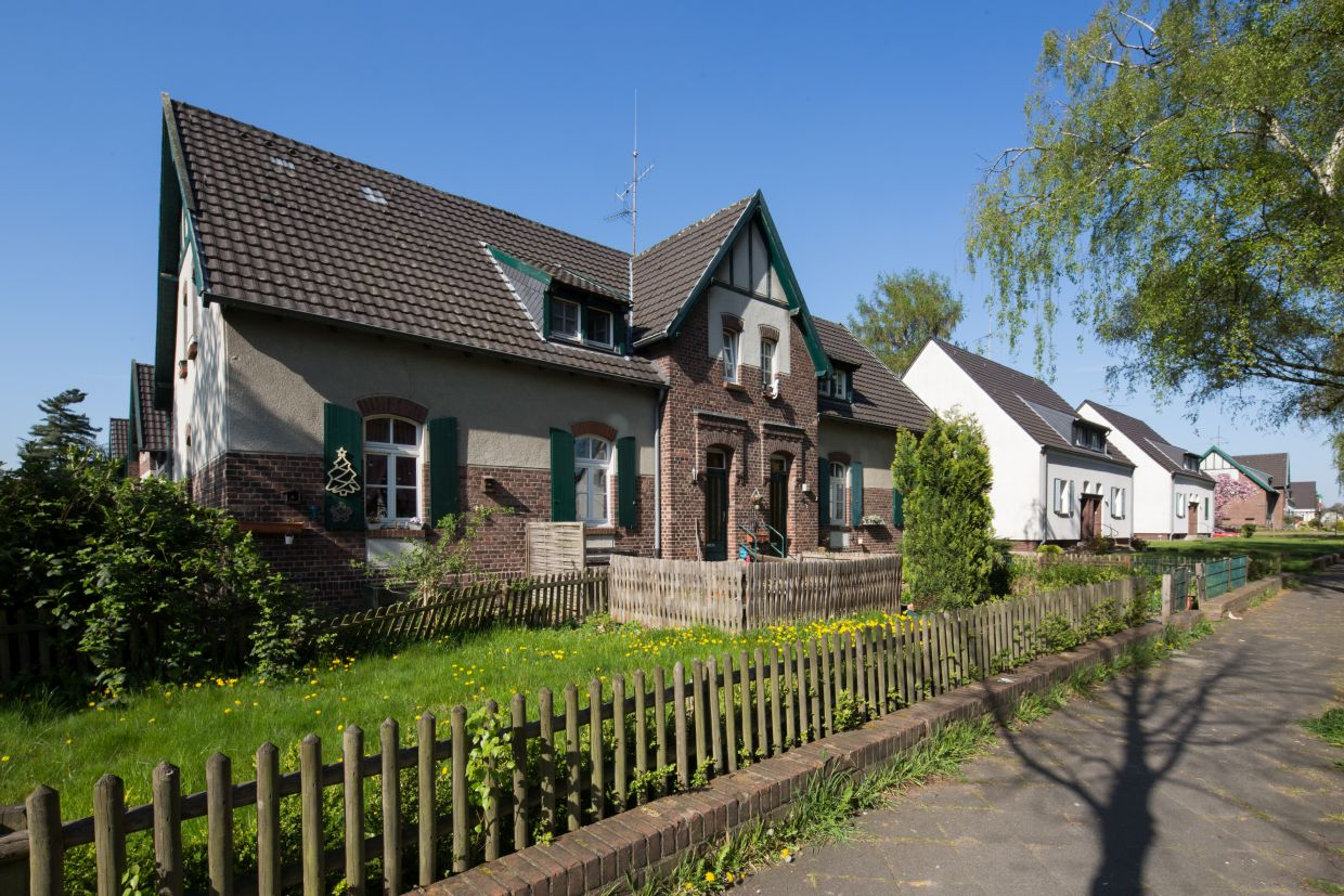 InnovationCity roll out-Quartier Moers: Meerbeck Zweifamilienhaus
